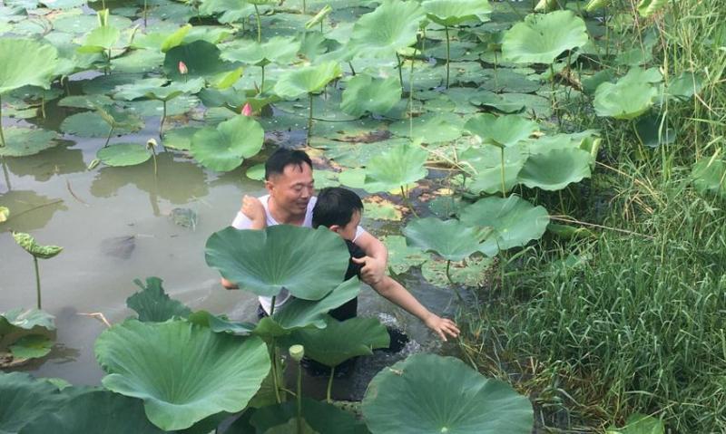 民权县实验小学教师王孝红勇救落水儿童用行动诠释师者之道