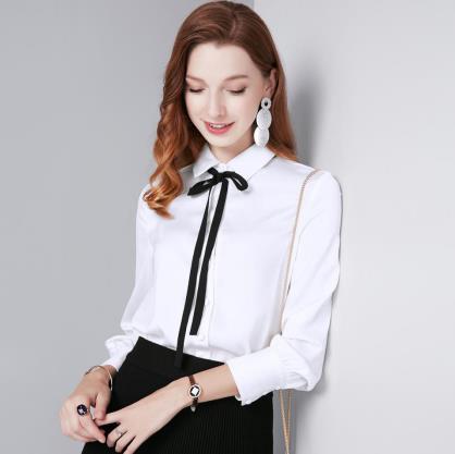注重生活每一个时尚环节百袖时尚女装配搭精美时尚服饰